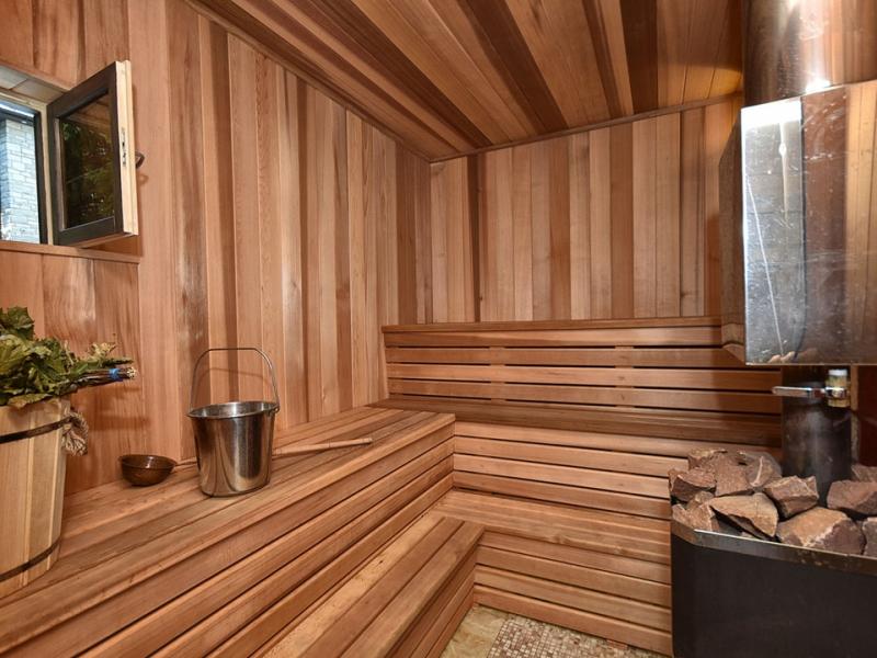 sauna-indoor